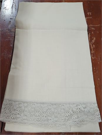 Lace Trimmed Tan Woven Tablecloth