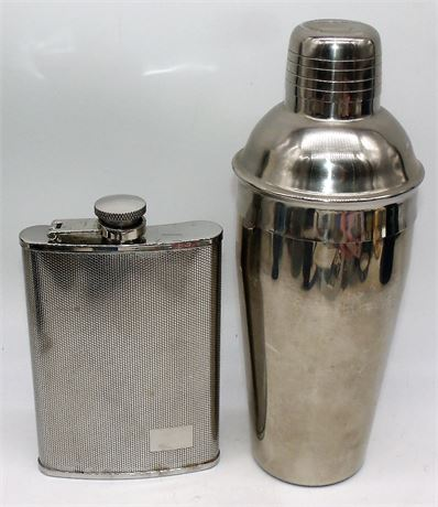 Flask & Cocktail shaker
