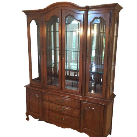 Thomasville French Provincial China Cabinet