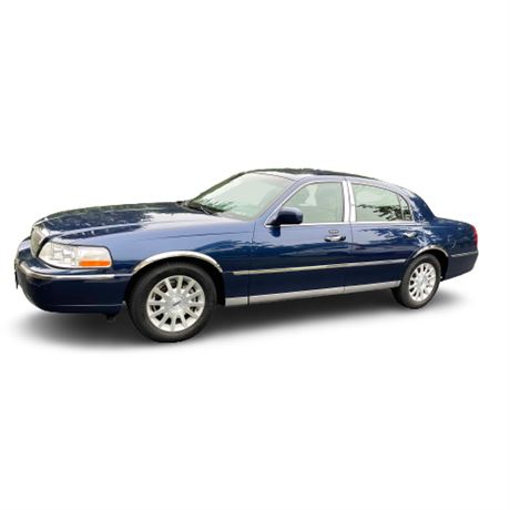 2007 Lincoln Signature Luxury Town Car