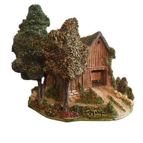 Lilliput Lane Landmarks - Countryside Barn - Signed by Ray Day