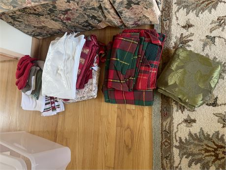 Holiday Lot of linens, Towels, Tablecloths