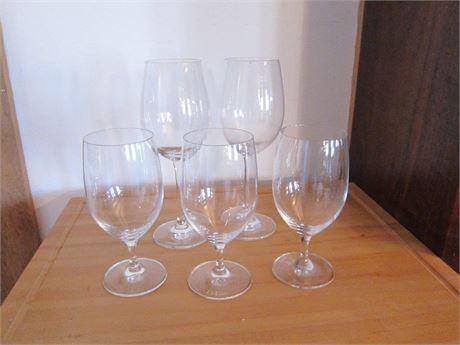 5 Regular, Clear Wine Glasses