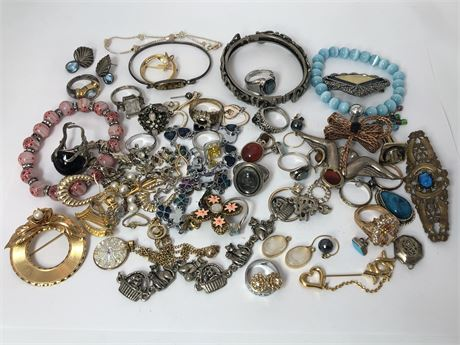 Large Vintage Fashion Jewelry Lot Designer Rings Pins Bracelets Earrings
