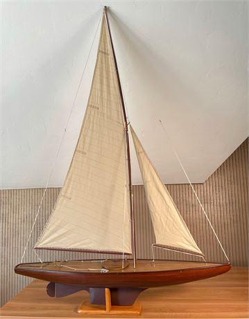 New York Yacht Club and Royal Yacht Squadron Pond Sailer