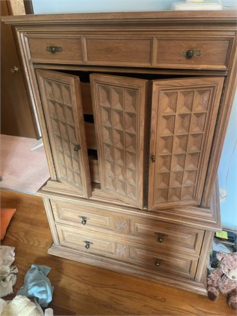 Chest of Drawers by American of Martinsville