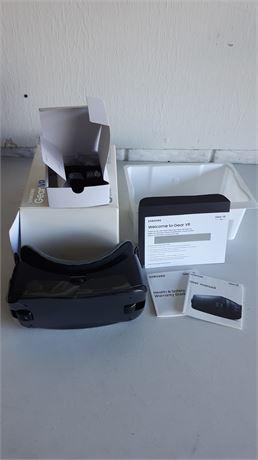 Samsung gear VR oculus lot 2