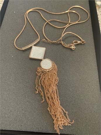 Rose gold color Necklace 20 inches