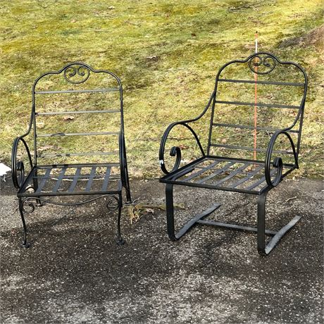 Wrought Iron Outdoor Chair Grouping