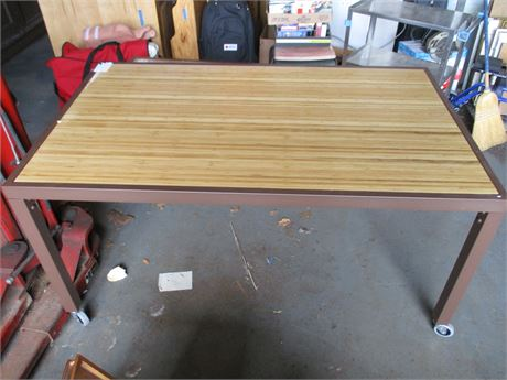 Table With Casters