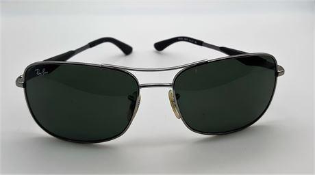 Ray Ban Sunglasses Model #RB-3515 w/Case