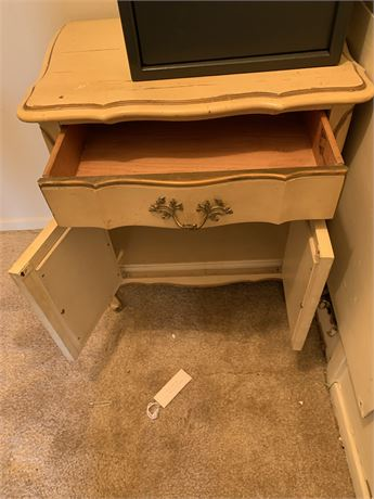 Bedside table with one drawer