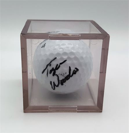 Tiger Woods Signed Golf Ball