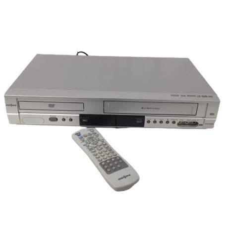 Vintage Insignia VHS/DVD Player ISDVD040924