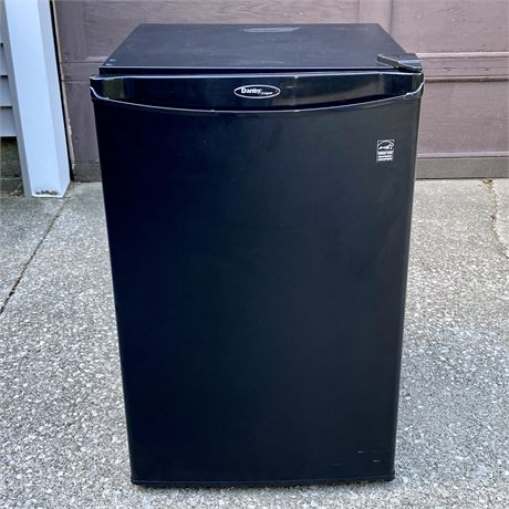 Danby 4.4 Cubic Foot Compact Counter High Refrigerator