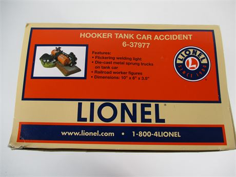 Lionel O Scale Hooker Tank Car Accident 6-37977