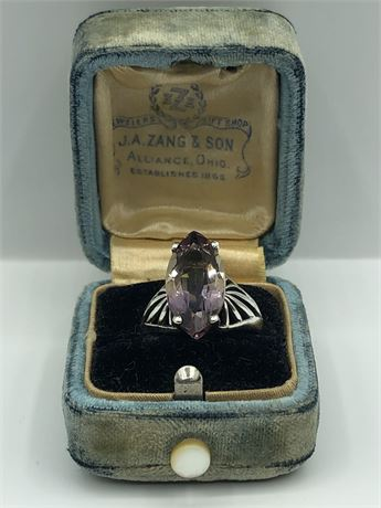 Amethyst Sterling Silver Ring Size 6 1/2 with Vintage Original Box