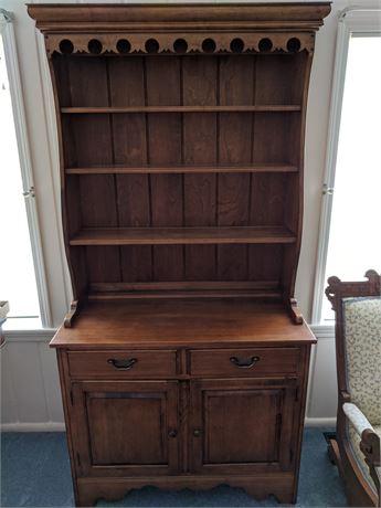 Ethan Allen- Country French Display Hutch