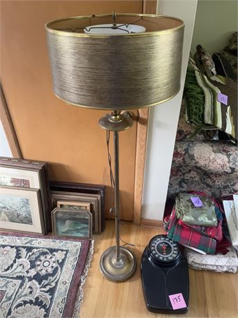 Vintage lamp with shade