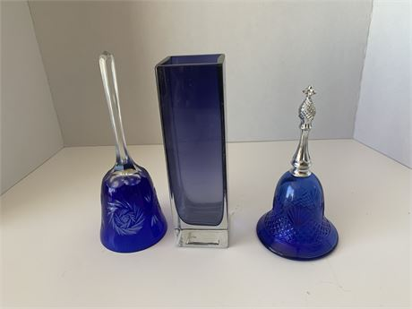 Glass Bell and Vase set
