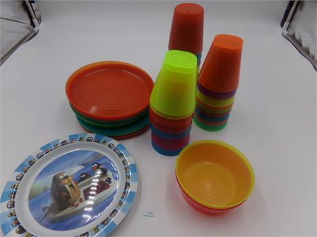 Kids Dish and Cup Lot