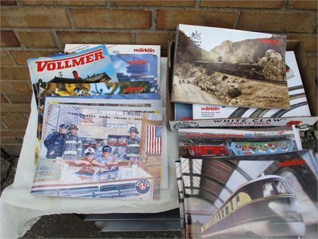 Model Train Catalogs/Magazines