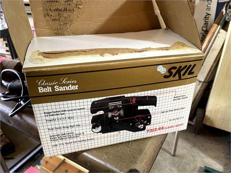 SKIL Belt Sander