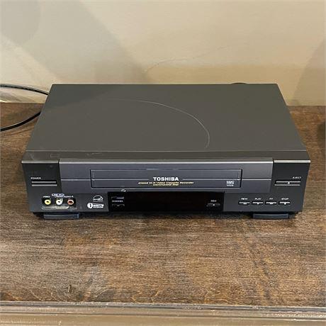 Toshiba VCR Cassette Recorder