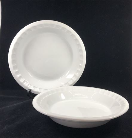 Set of Two Pie Plates