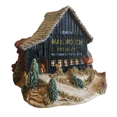 Lilliput Lane Landmarks - Mail Pouch Barn