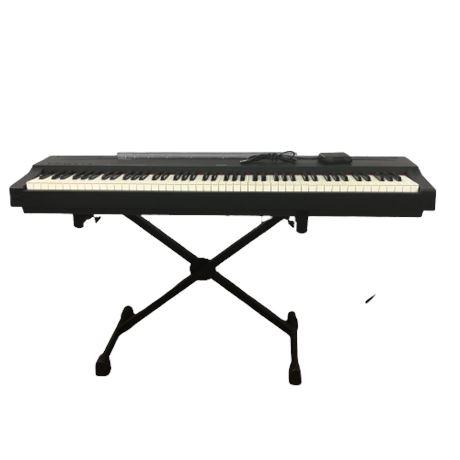Yamaha Electronic Piano w/ Stand