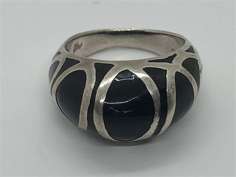 Onyx Sterling Silver Ring Size 7 1/2