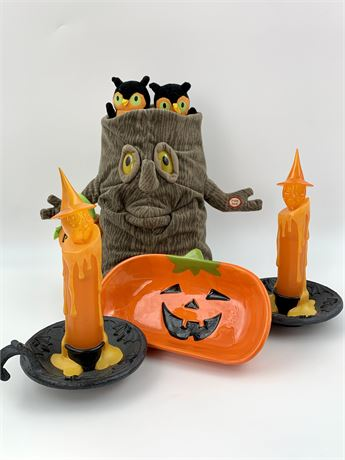 Halloween Decor Lot with Light Up Ghost Finger Lamps and More