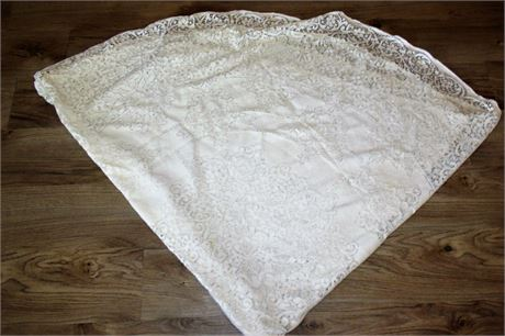 """Lace Oval Tablecloth 69"""""""