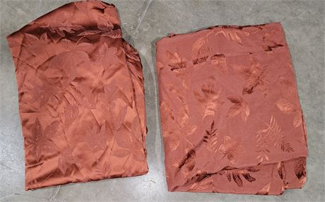 2 Matching Fall leaves tablecloths