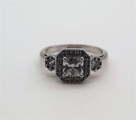 Beautiful Stella & Dot Ring Size 9