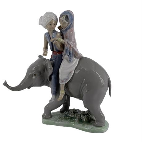 Lladro 'Hindu Children on Elephant' 5352 Porcelain Figurine