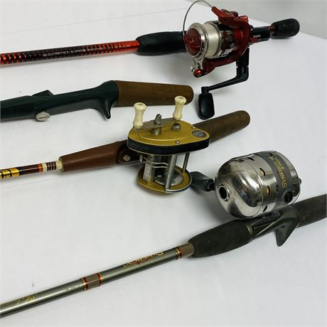 Lot of 4 Vintage and Modern Fishing Poles