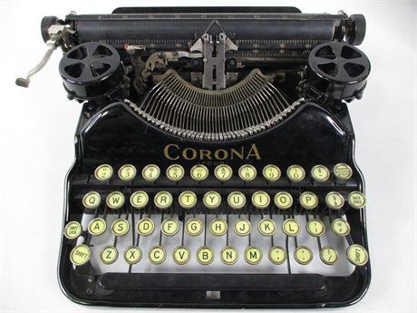 1925 Corona 4 Portable Typewriter with Original Case