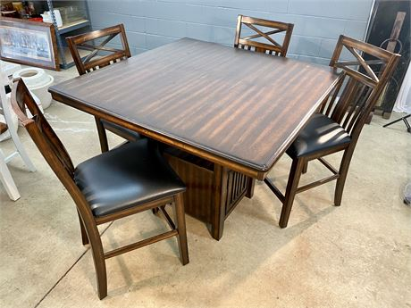 Tall Dining Table & Chairs